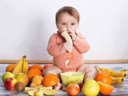7 fødevarer du aldrig bør give din baby
