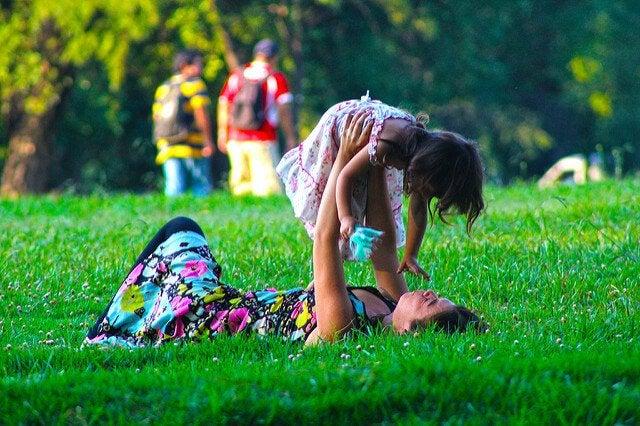 11 ting du kan gøre med din datter gennem hendes liv