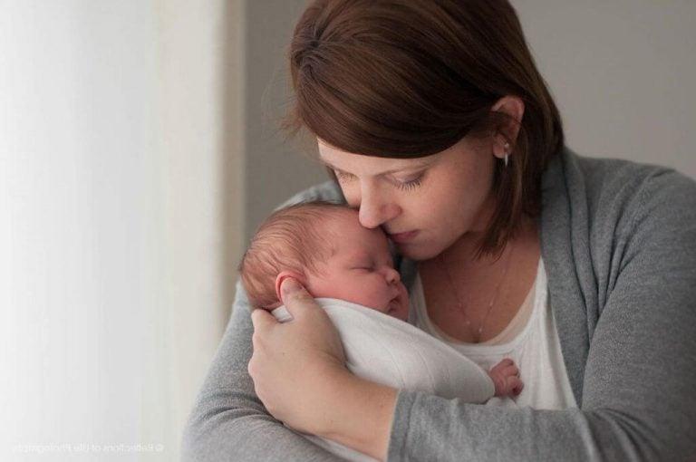 mor holder sin baby