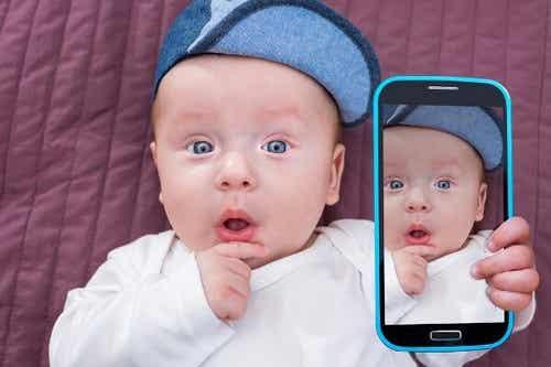 Sociale Medier: Ting, Forældre Aldrig Bør Dele