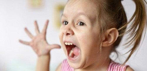 Pludselig Aggression i Barndommen: Hvad Er Det?