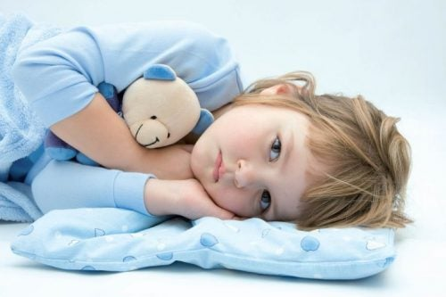 Hvorfor spørger børn om vand inden sengetid