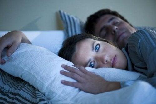 De evige søvnløse nætter, der følger med moderskabet