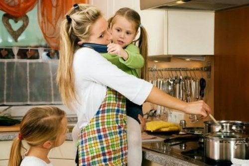 Travl mor laver mad - stress opstår nemt, når man ikke kan arbejde som et team