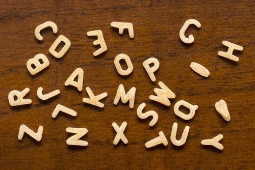 bogstaver til at lære at læse