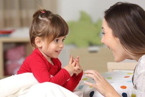 Udviklingen af sproget hos børn fra 0-6 år