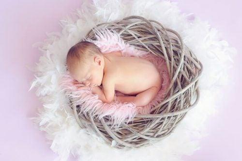 Forstå babyers søvnbehov ved 4-6 måneders alderen