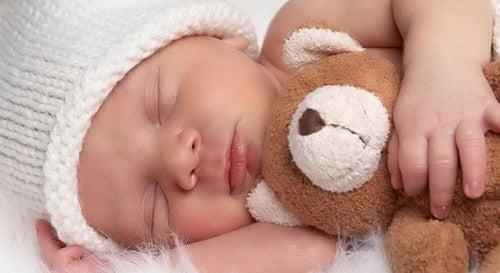Søvn: Hvonår Vil Min Baby Sove Hele Natten?
