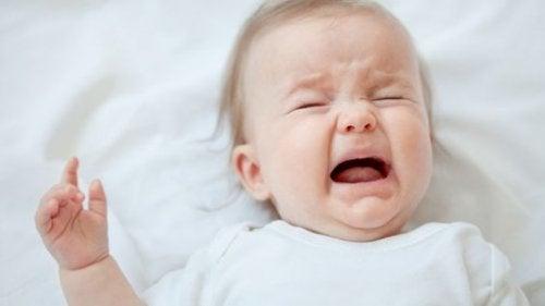 grædende baby - forstoppelse hos børn