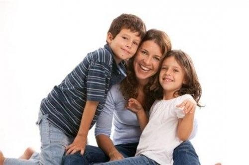 mor, datter og søn