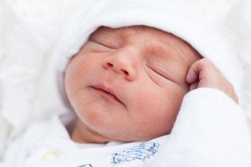 Søvnproblemer hos dit barn kan skyldes disse 5 grunde