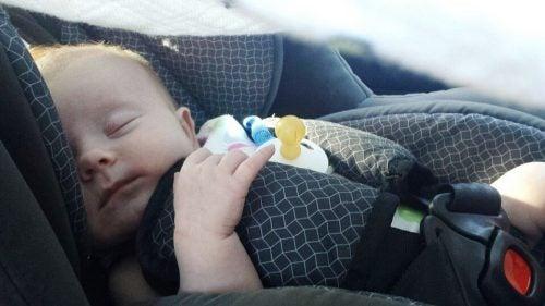 Tips til at rejse med din nyfødte