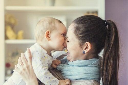 Babyer bider mor