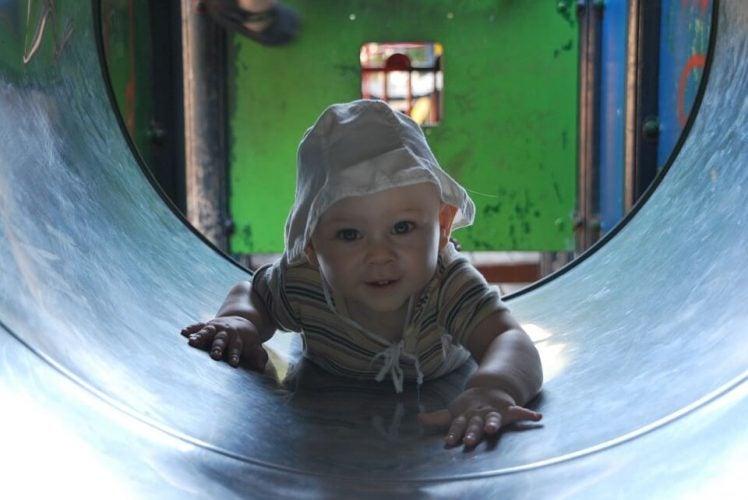 Hvad sker der med dit barns hjerne, når de leger?