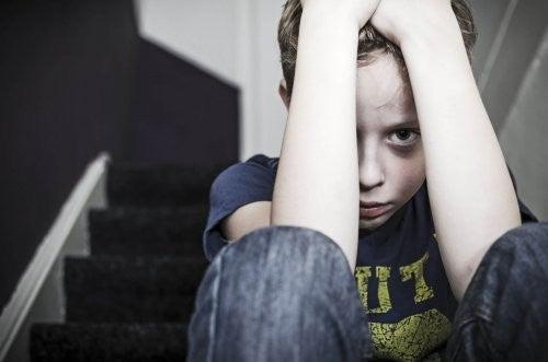 fysisk vold skaber frygt, angst og depression i børn