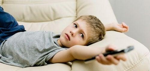 De mest almindelige dårlige vaner hos unge børn