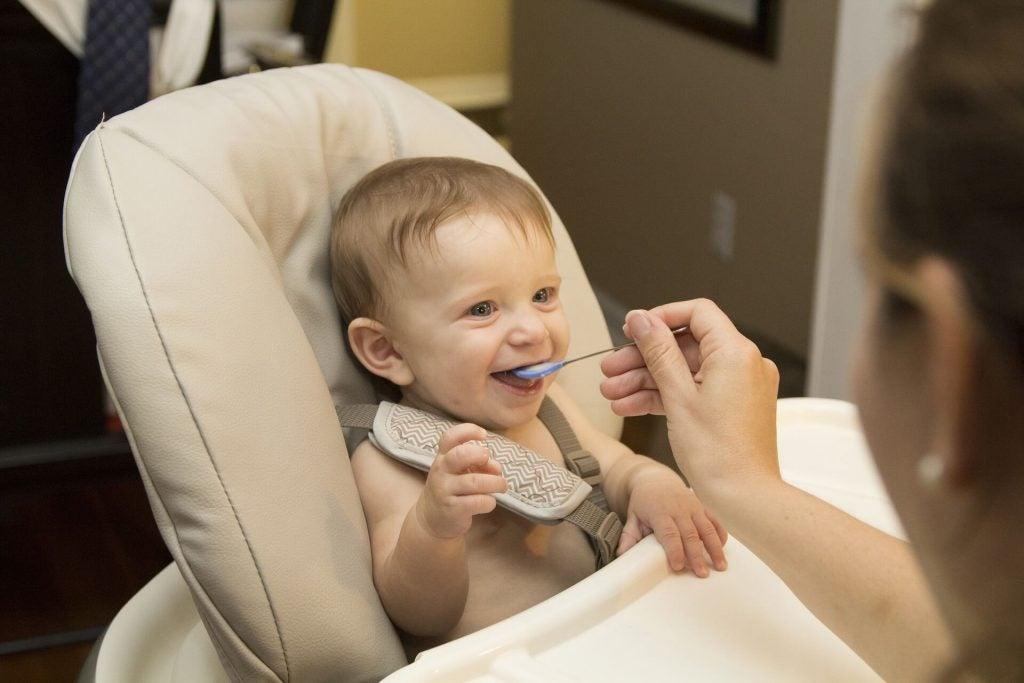 De bedste fødevarer for dit barns sundhed