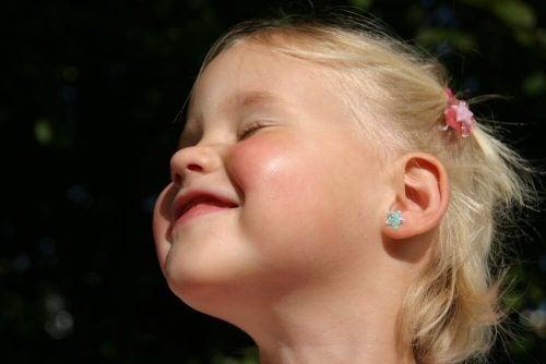 Øreringe til børn: Hvad er den bedste alder?