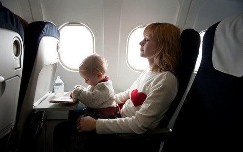 Rejse med en nyfødt: Tips og tricks