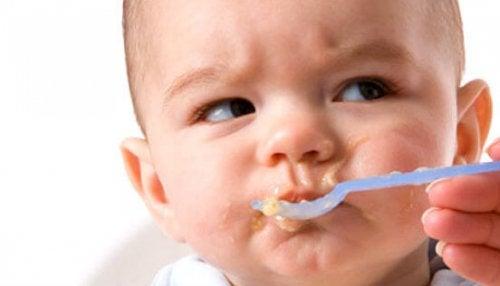 Sådan får du din baby til at spise