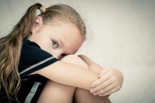 5 karakteristiske egenskaber på psykopati hos børn