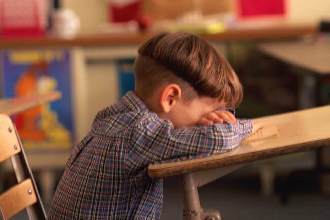 6 grunde til dårlig akademisk præstation i skolen