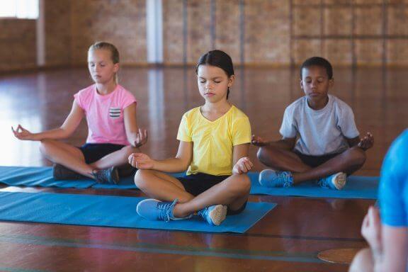 Fordelene ved meditation i klasseværelset
