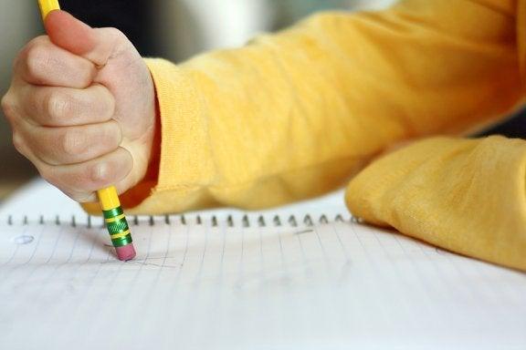 Når børn laver mange stavefejl