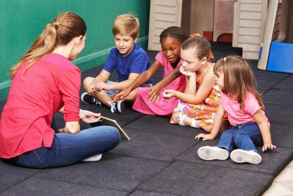 Tre lege til at lære børn om konflikthåndtering