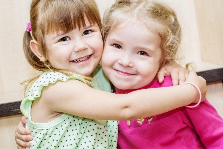Fordele ved at have fætre og kusiner på samme alder