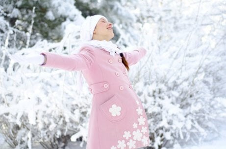 Fordele og ulemper ved at føde om vinteren