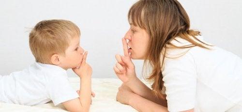 Simple forsinkelser i sproget hos børn