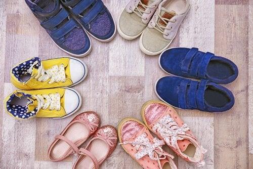 Vælg dine børns sko med omhu