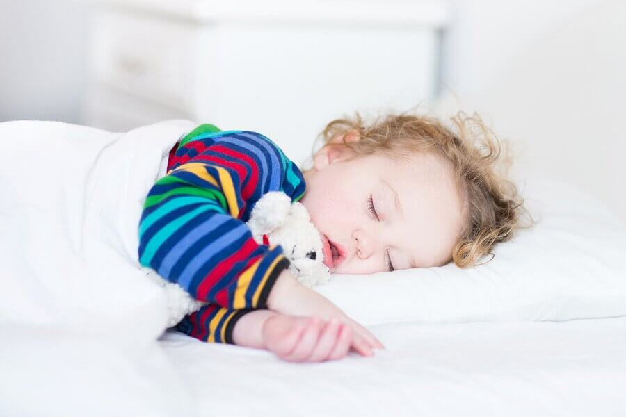 Fordele ved at tage en lur for babyer og børn