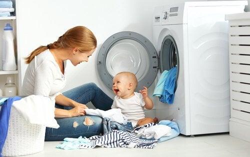 Tips til at vaske din babys tøj