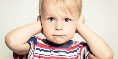 Hvordan man undgår at råbe i dit hjem