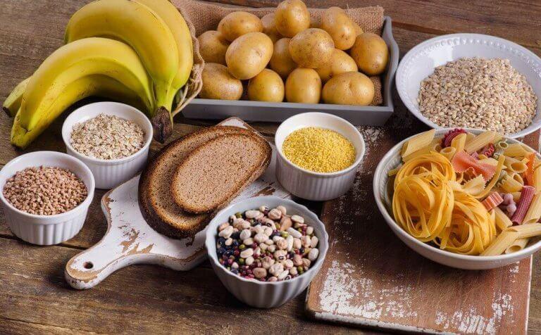 mad med mange kulhydrater