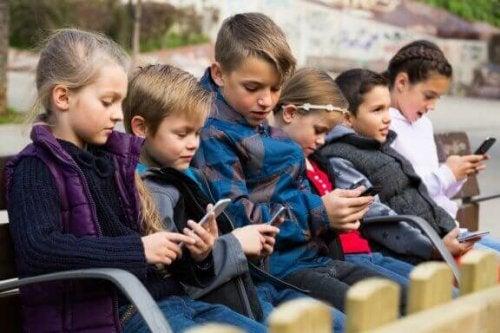 Teknologiske sygdomme hos børn: Hvad du bør vide