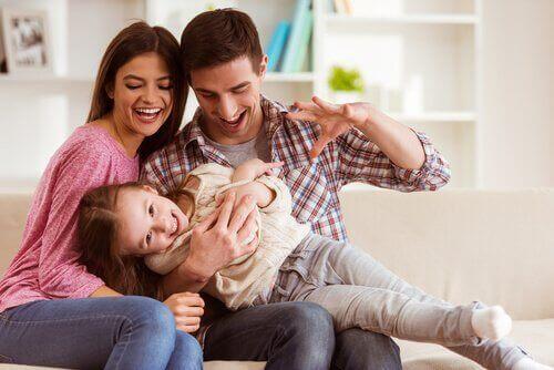 Forældre driller barn