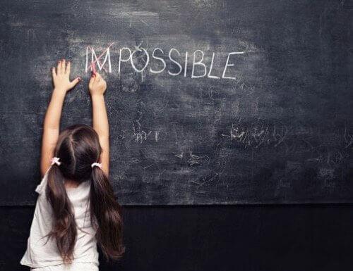 At opdrage optimistiske børn: 10 effektive teknikker