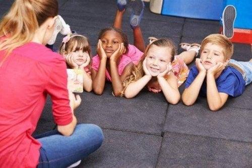 Udvikling af fonologisk opmærksomhed hos børn
