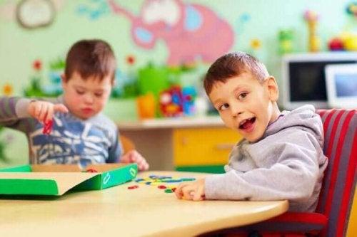 drenge med handicap