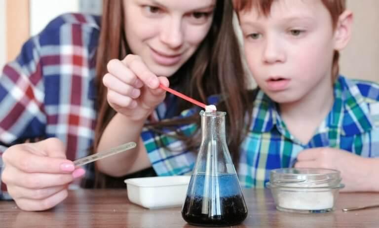 4 eksperimenter med vand for børn