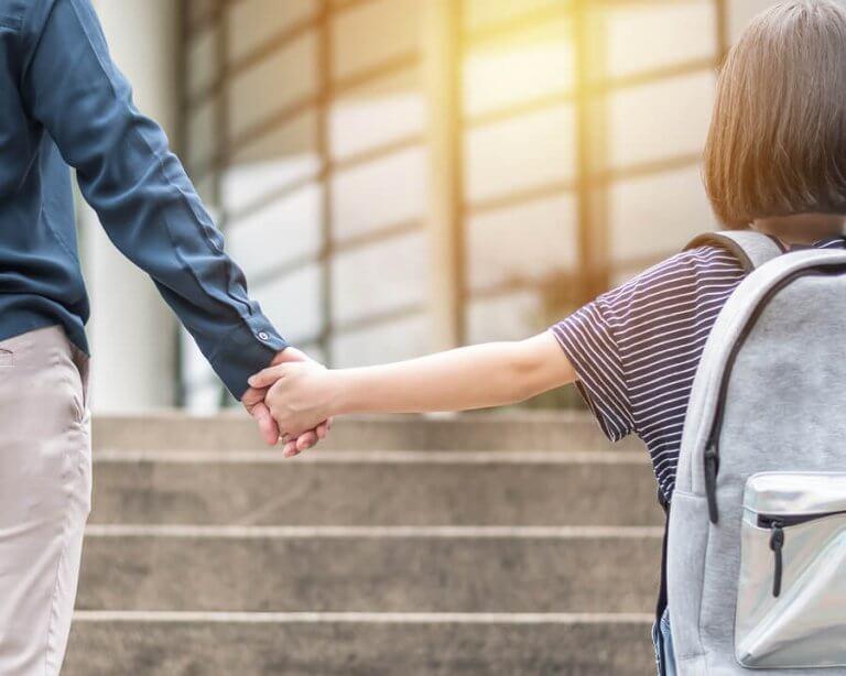 Hvordan påvirker det vores børn at skifte skole?