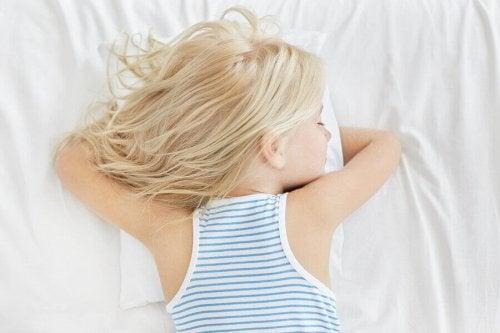 Er det nødvendigt med en formiddagslur for børn?