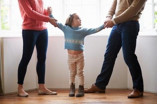 Forældre er uenig om forældremyndigheden over deres datter