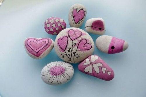 dekorerede sten