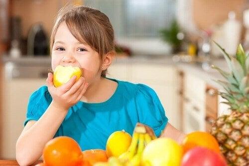 Sådan lærer du dit barn at leve en sund livsstil