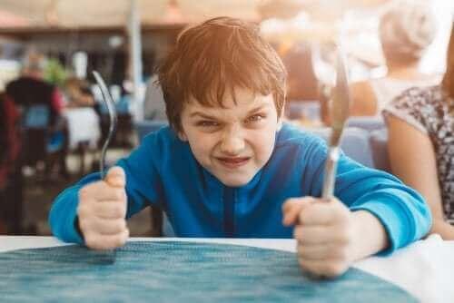 3 teknikker til at forbedre selvkontrol hos børn