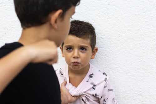 Hvordan man håndterer aggression i barndommen
